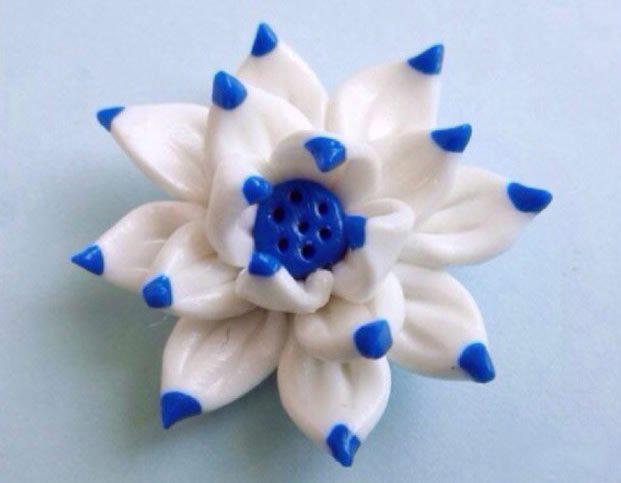 超轻粘土莲花diy教程 用粘土制作莲花的过程