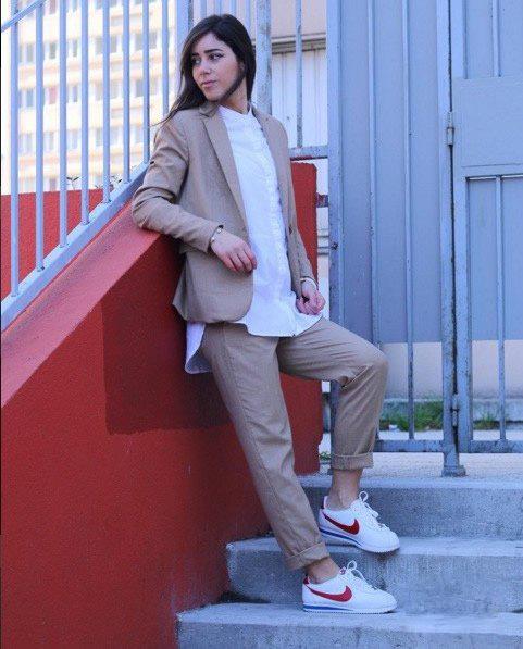 女生运动鞋休闲搭配 反璞归真的最新时尚潮流