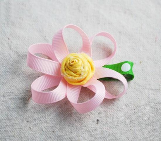diy制作 可爱丝带花制作图解